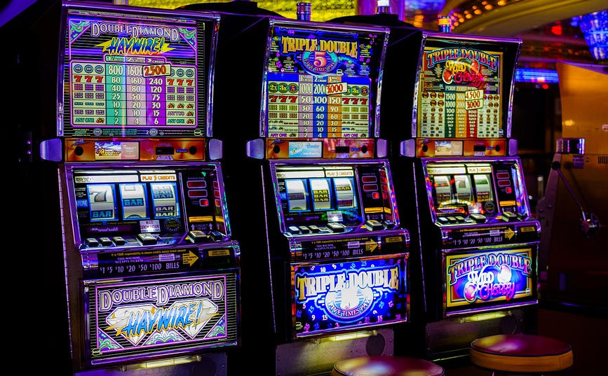 Här hjälper vi dig hitta Sveriges bästa casinobonusar 2022. Tre saker är viktigt att tänka på och det är detta: licens, omsättningskrav, bonus